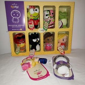 Lot of New Hallmark itty bittys with case